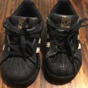 Used adidas superstar shoes